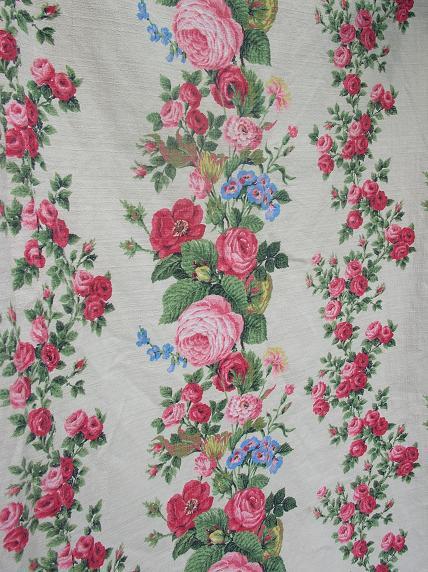 Curtains_4_close